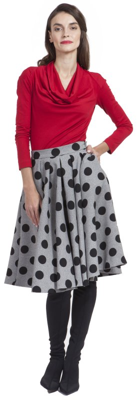 Skirt with polka dots